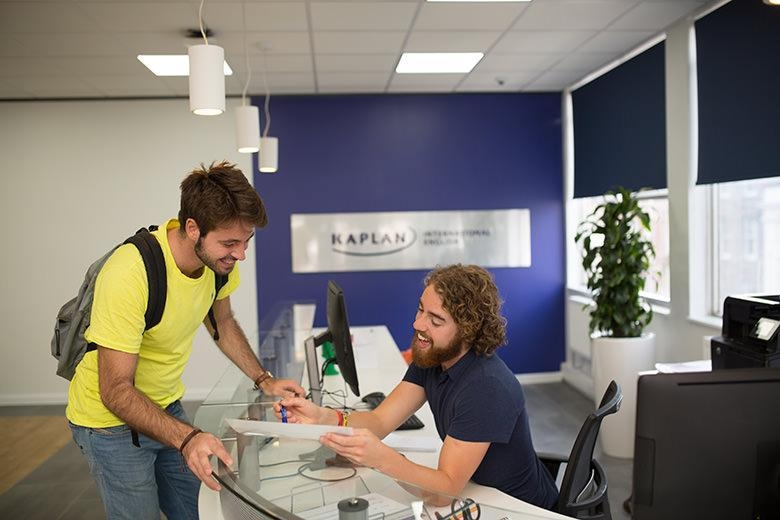 Kaplan International English30+
